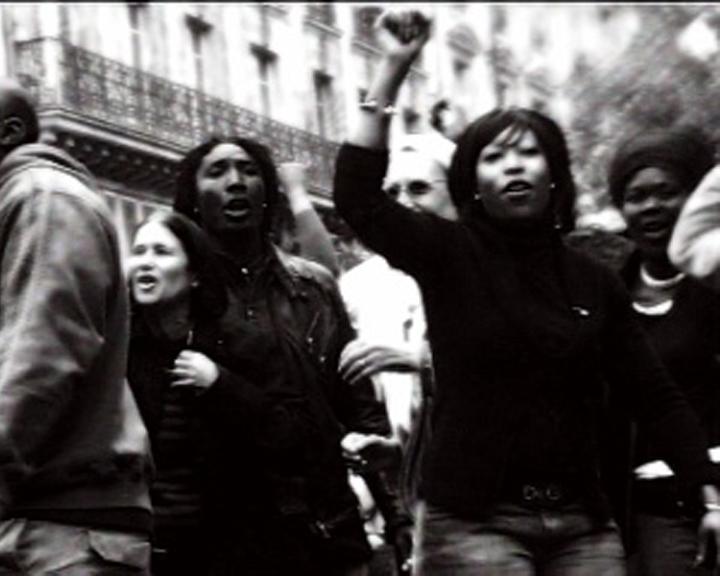 NPSVN-Révolte-jeune-femme2