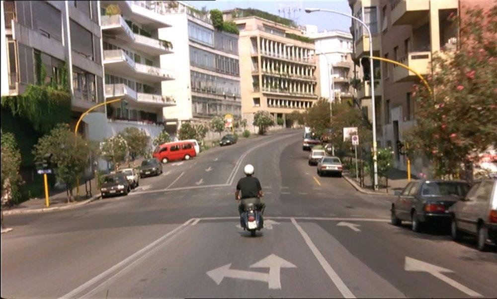 sur-les-traces-de-nanni-moretti-en-vespa,M314120