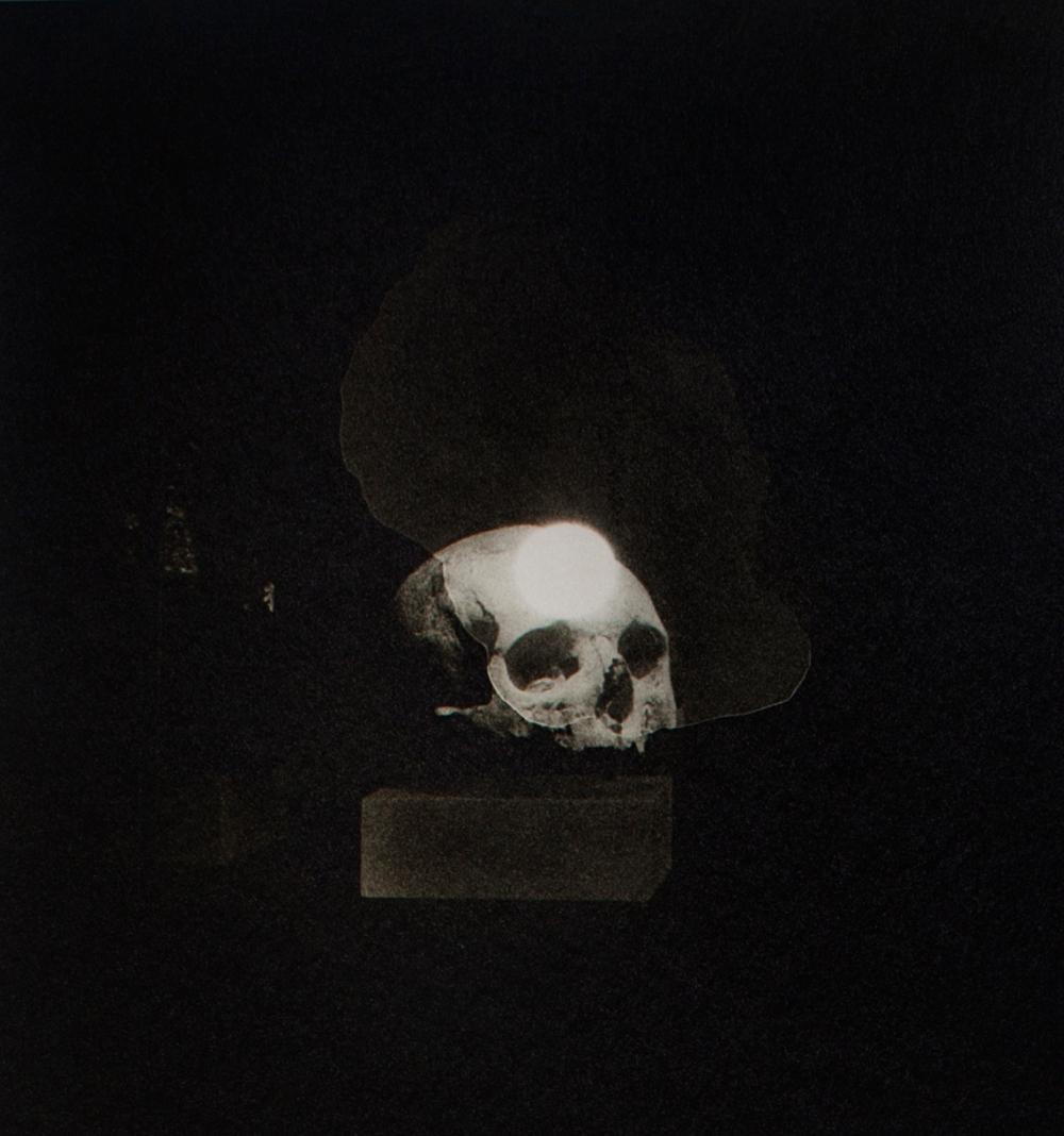 Sans-titre-31x29cm-photographie argentique sur papier barythé collé sur dibond-production Musée de l'Éphebe d'Agde