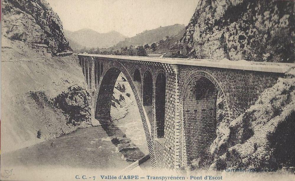 1409394032-Escot-pont-transpyre-ne-en