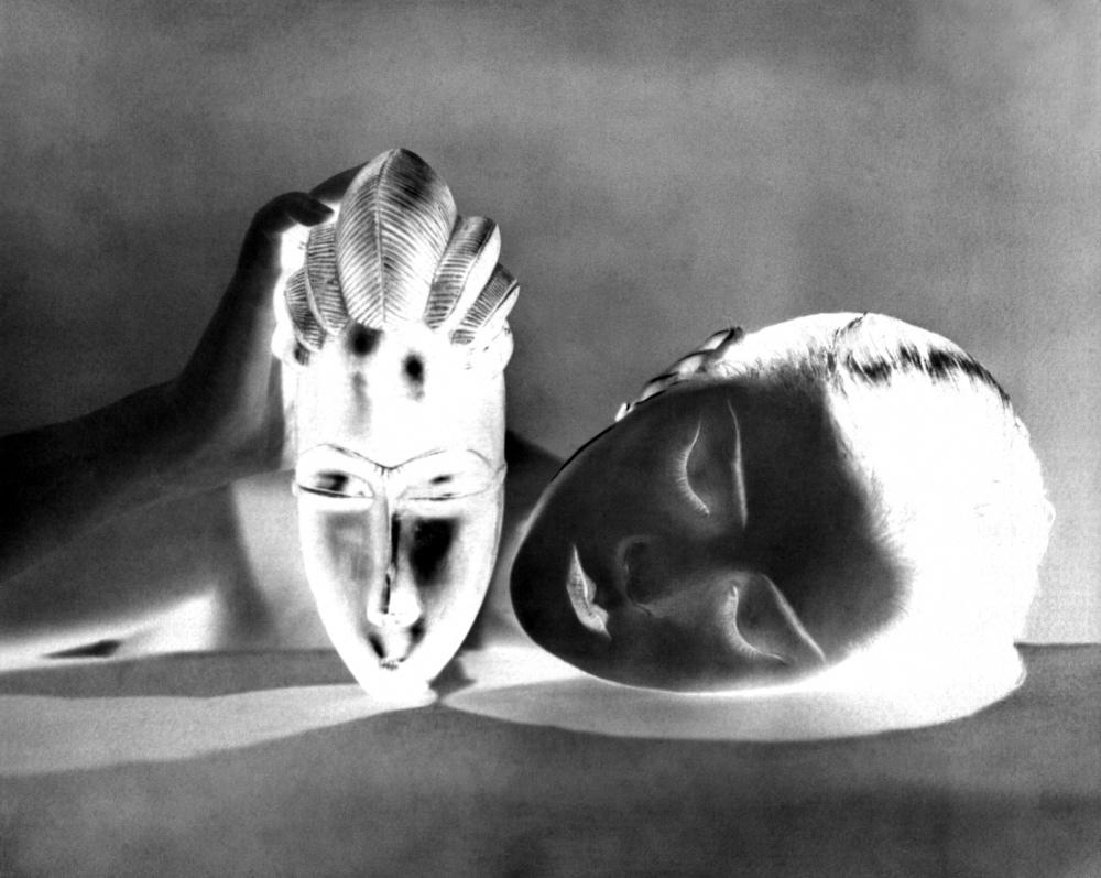 17. Man-Ray_noire-et-blanche