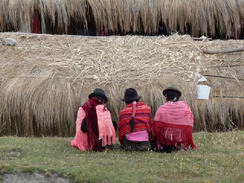ob_090996_equateur-peuple