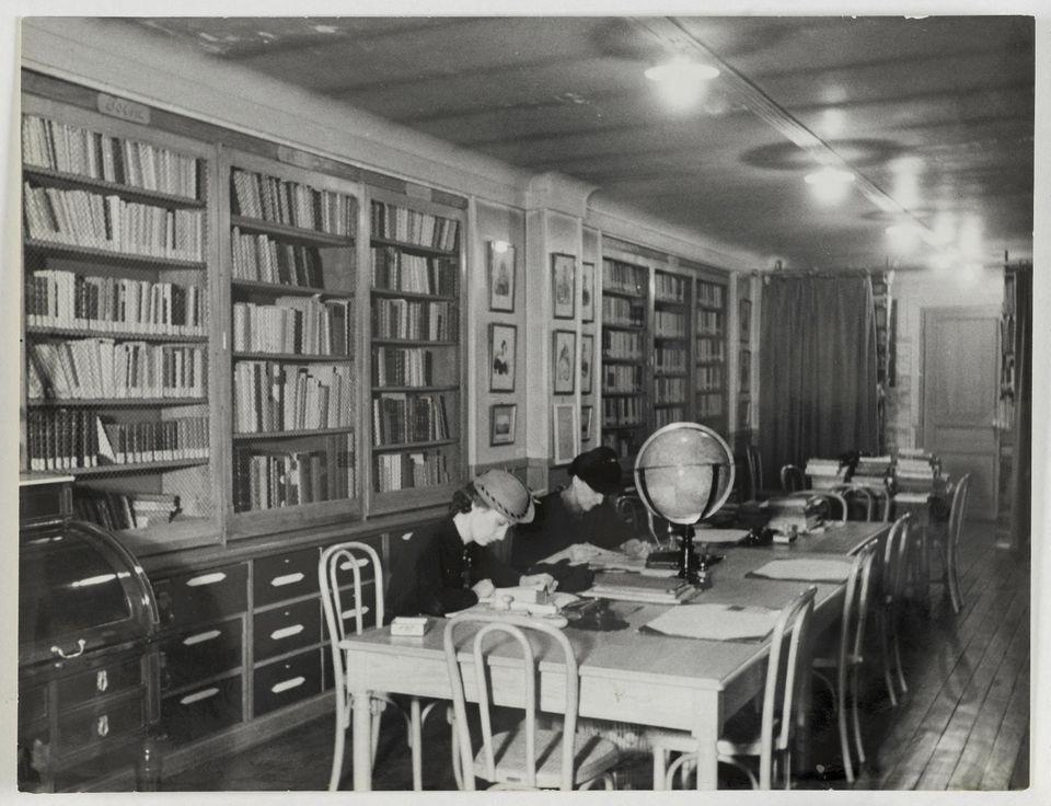 1044201-vue-de-la-bibliotheque-marguerite-durand-a-la-mairie-du-ve-arrondissement