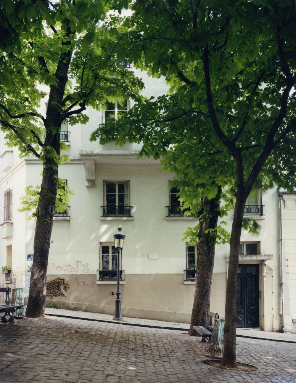 155532-paris-camus-hotel