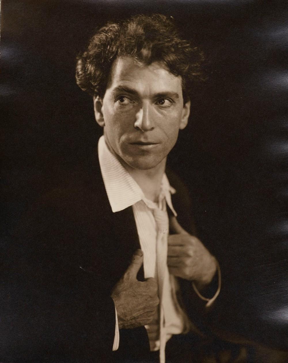 2. Autoportrait
