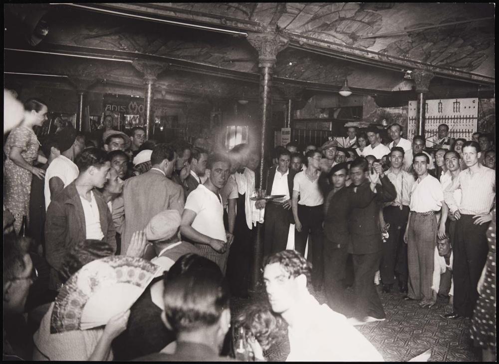 Cabaret La criolla en 1934, photo Agustí Centelles