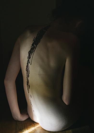 mano_charlotte-back
