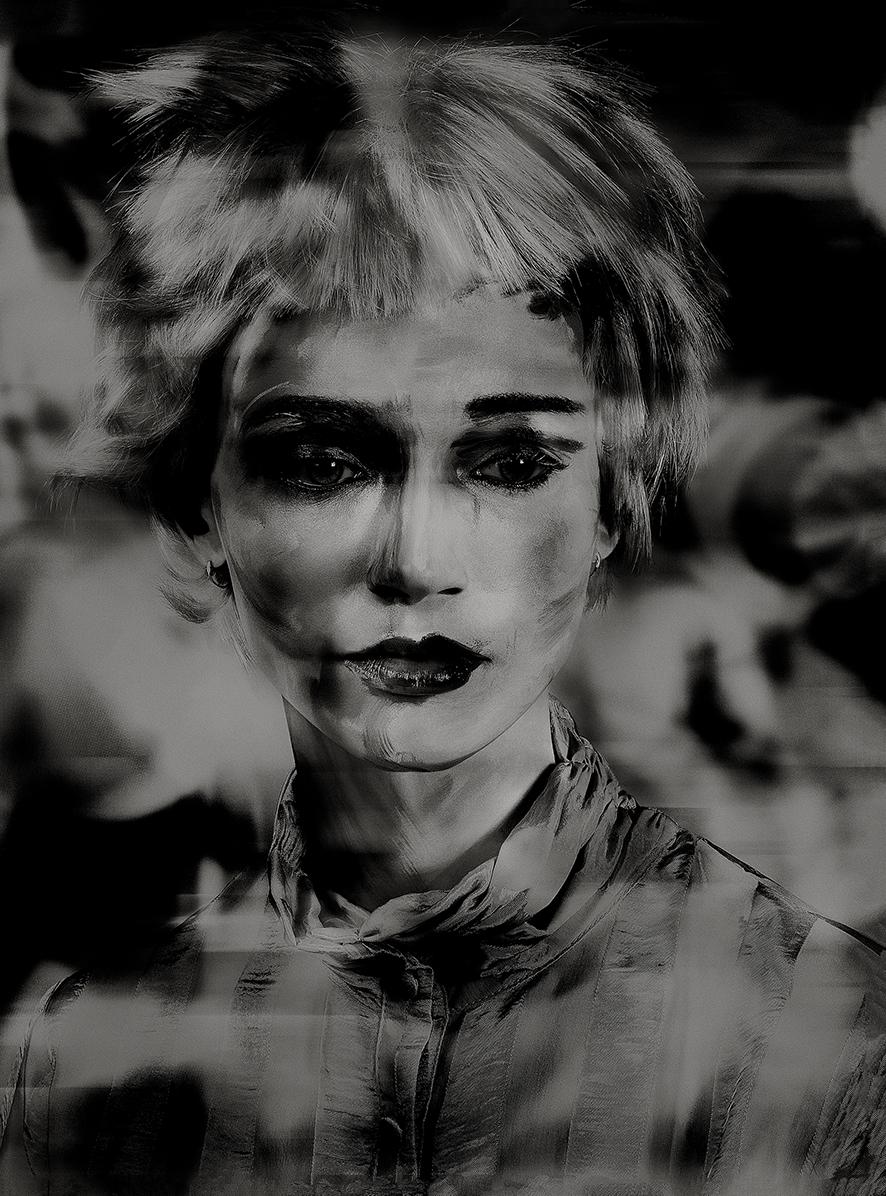 Lady Shadow (1)