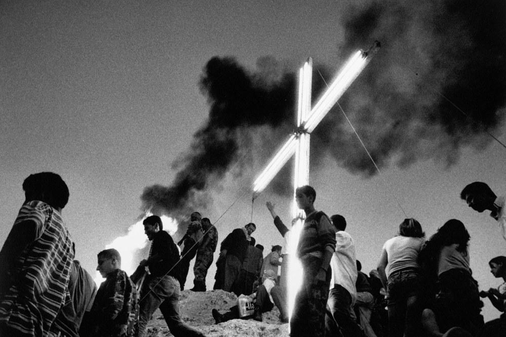 LES AUTRES, la croix, Christophe Goussard_VU