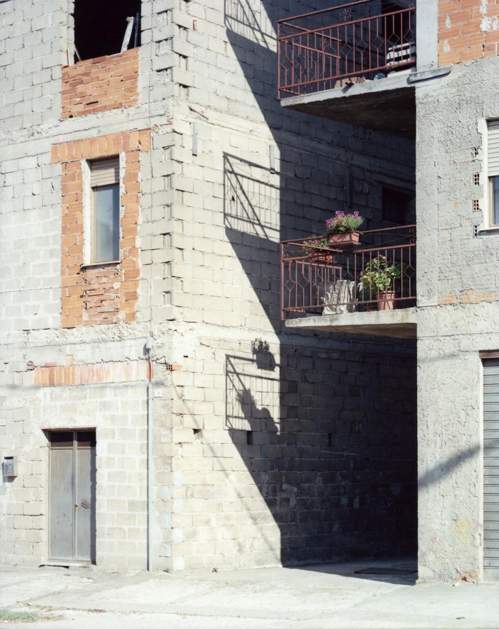 Guido-Guidi-Oliena-corso-Kennedy-05_07_2011-stampa-cromogenica