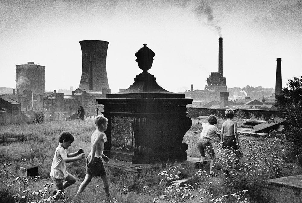 Playing in the graveyard - Stockport, 1967