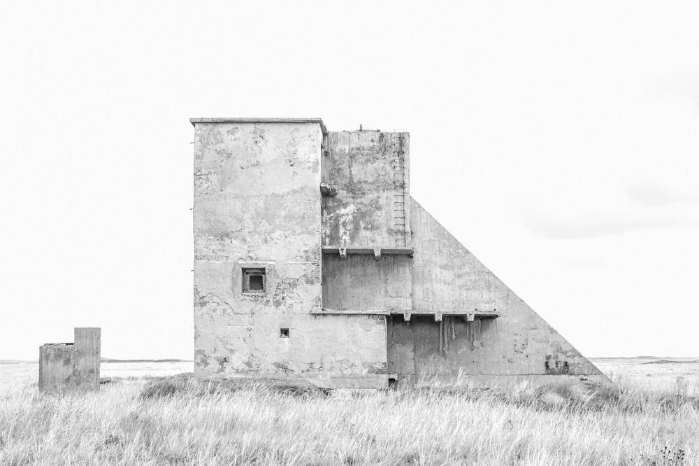 ursula-schulz-dornburg-zone-grise-the-land-in-between-maison-europeenne-de-la-photographie-paris-scaled