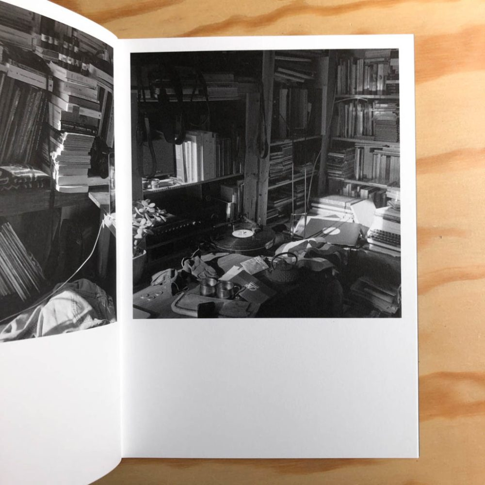 A-flat-in-ménilmontant-by-Thomas-Boivin-tipibookshop-7-1024x1024