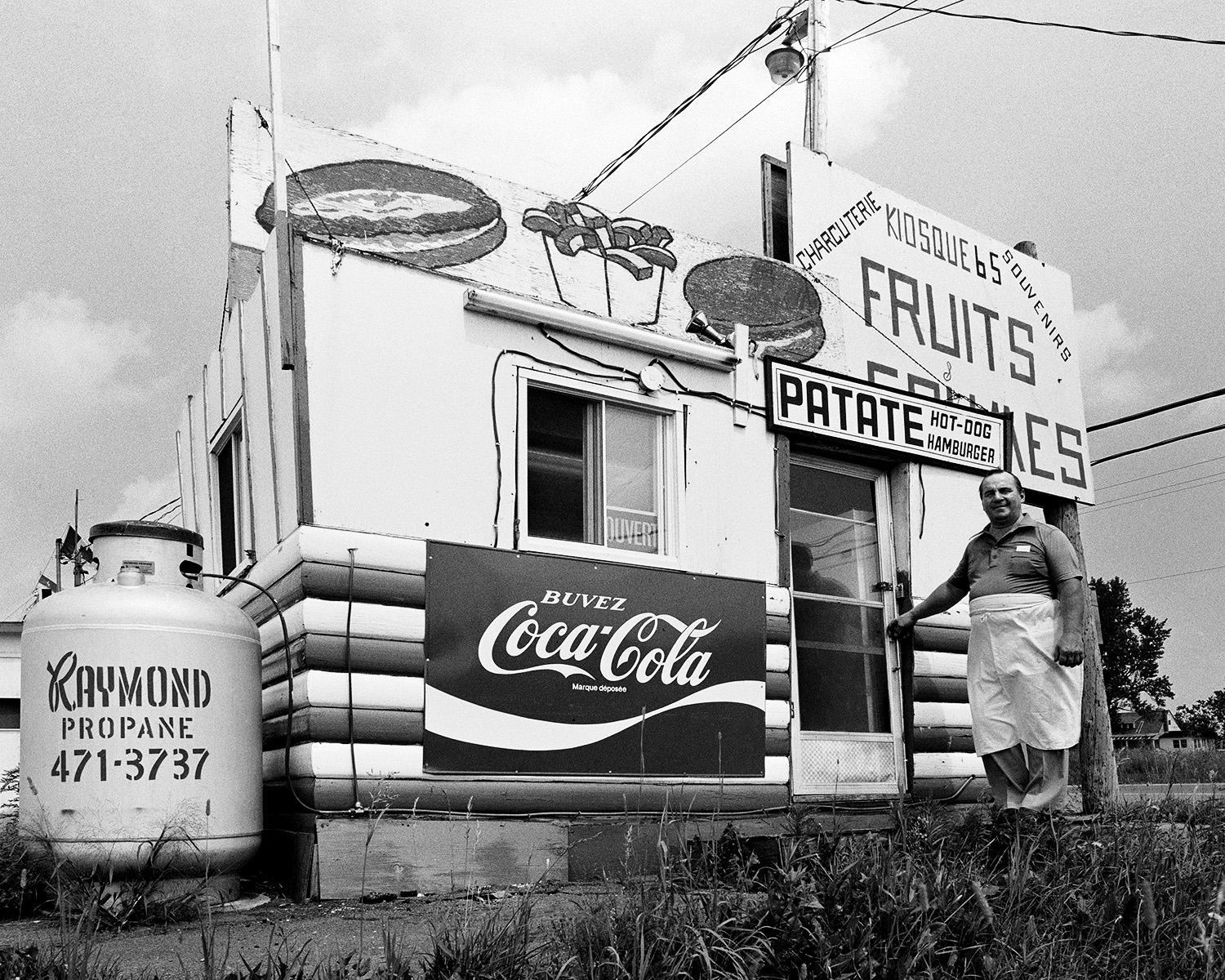 """Picnic Snack-bar"", route 335, Sainte-Anne-des-Plaines, Province"