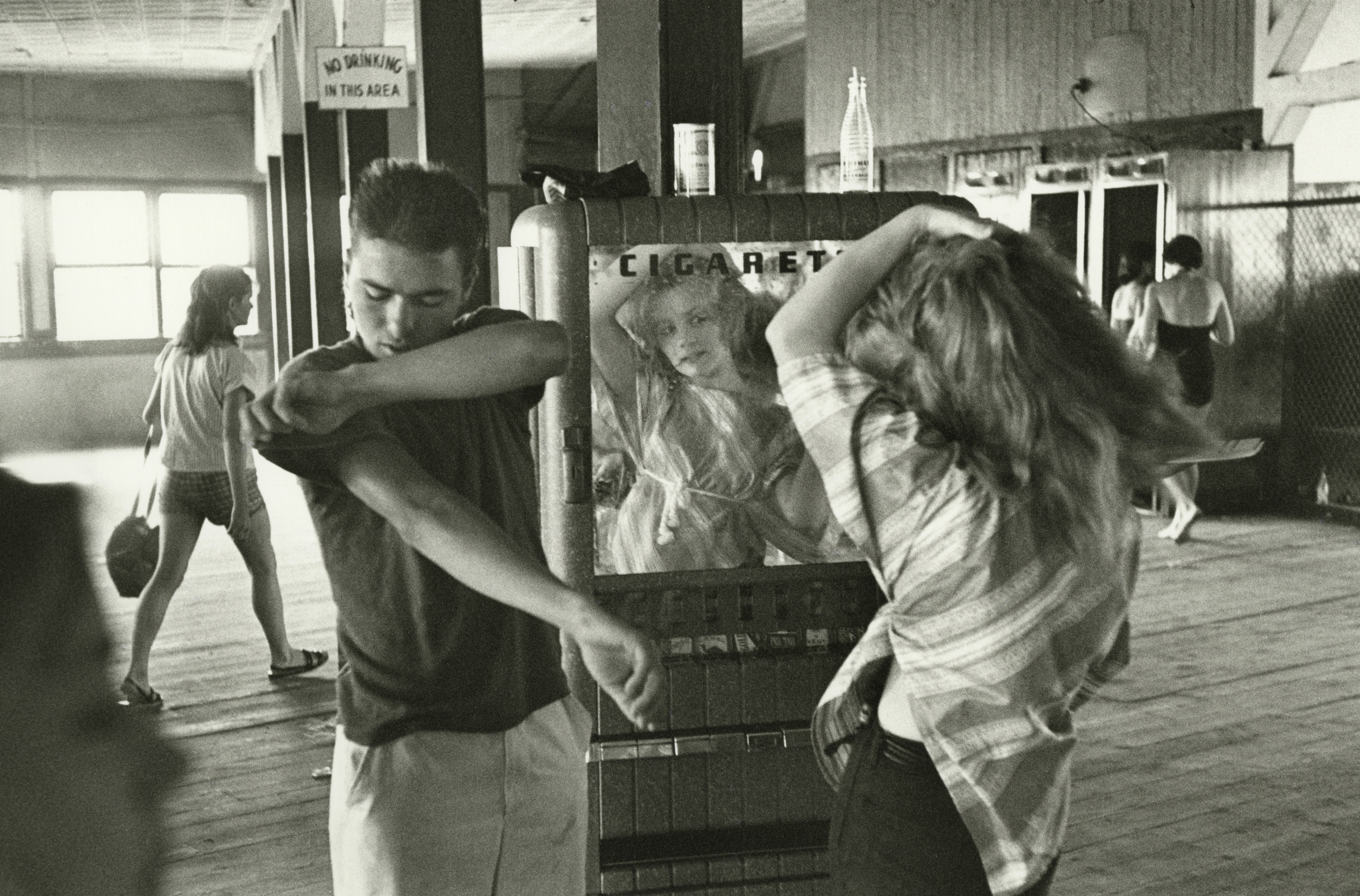 11-Bruce Davidson, _Brooklyne Gang, 1959