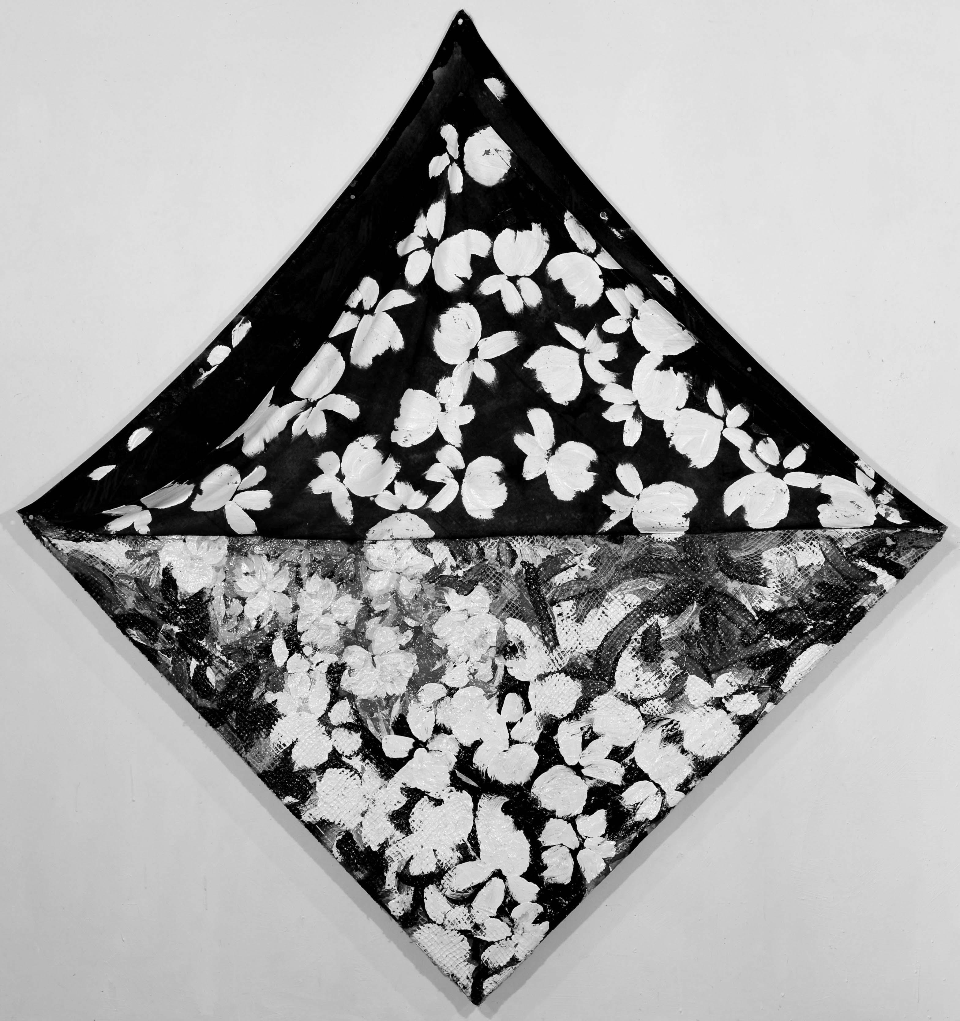 36_ Desbouiges HYBRIDE, Juin 1985, 186 x 186cm de pointe à pointe