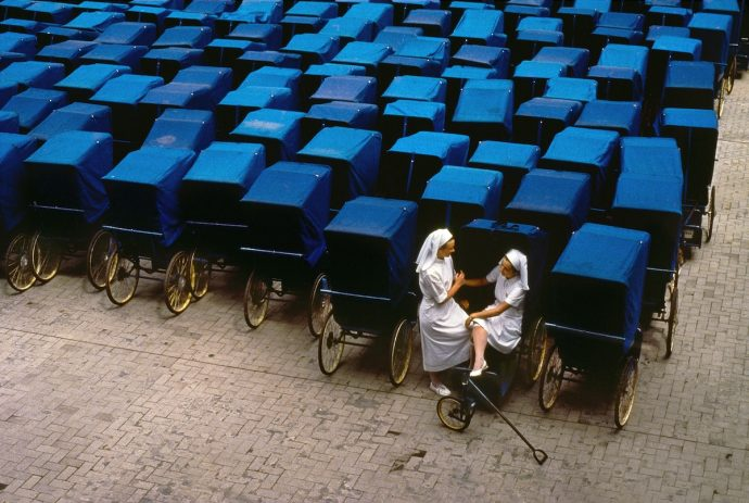 Steve-McCurry-In-Search-Of-Elsewhere-7-690x463