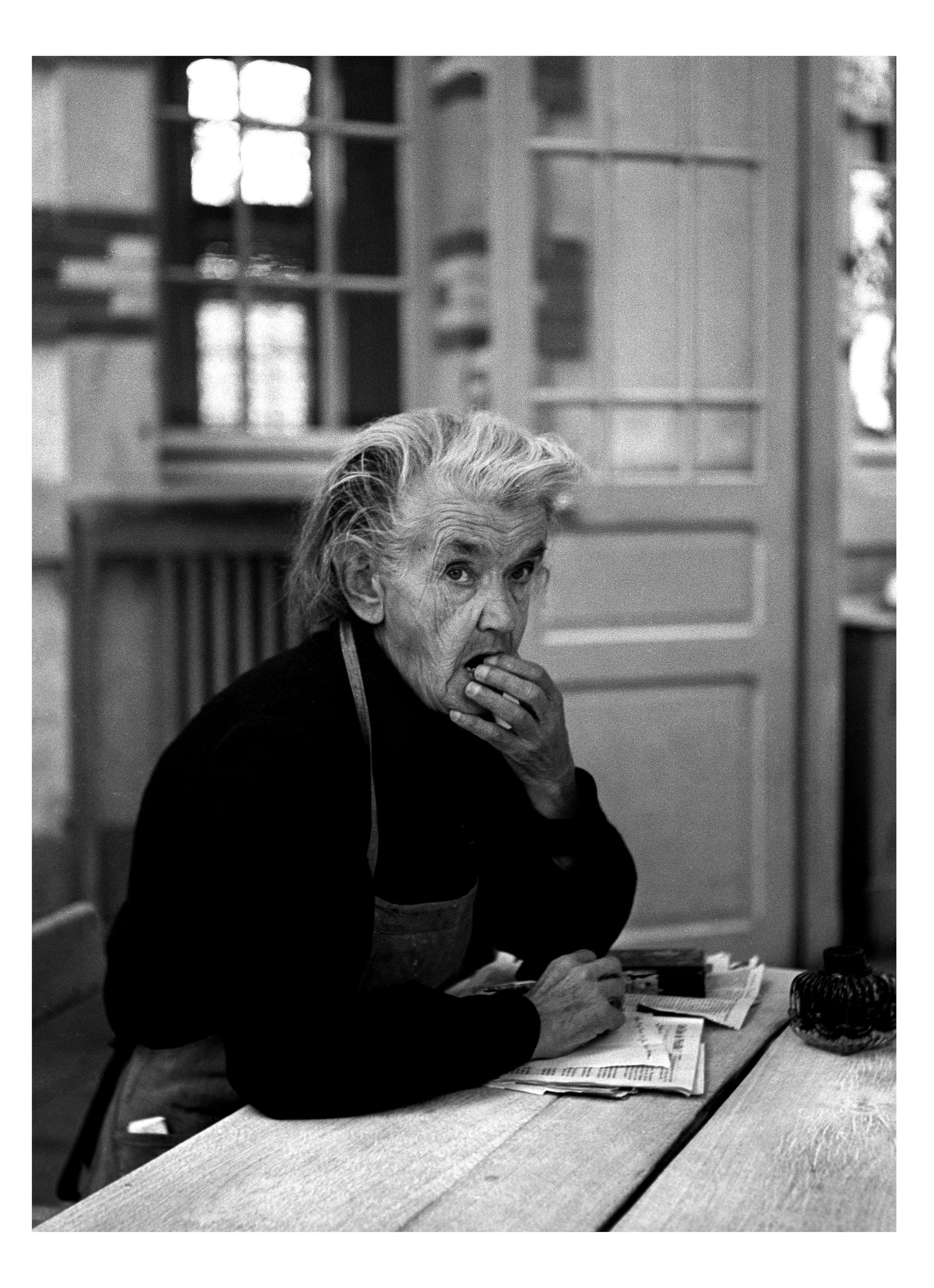 Dun-sur-Auron, 1952©Sabine Weiss