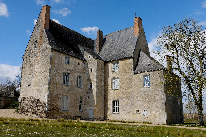 Chateau-de-Sache